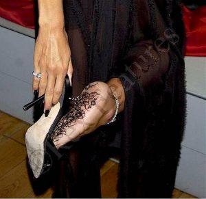 Heidi shows soles with nylon